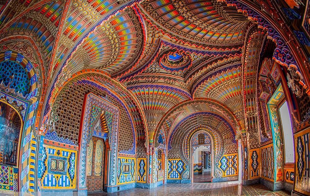 sala-castello-sammezzano-colori